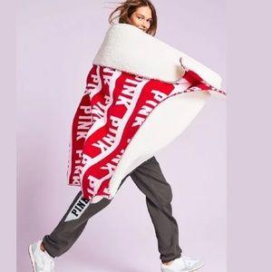 VS Pink Logo Sherpa Red Logo Print Throw Blanket